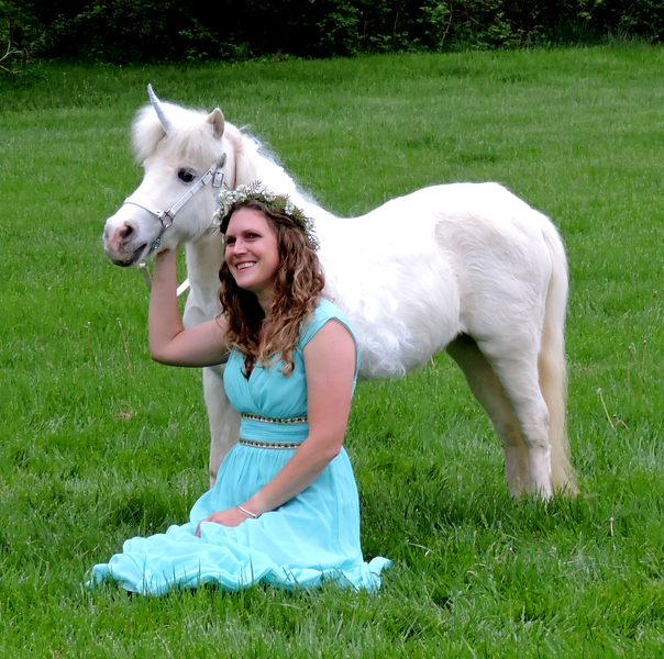 Miniature Unicorns for Therapy & Photo Sessions!